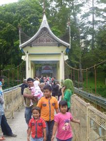 sumatera0312.jpg